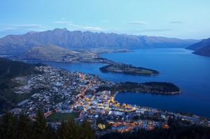 rsz_queenstown_aerial_view_at_dusk3